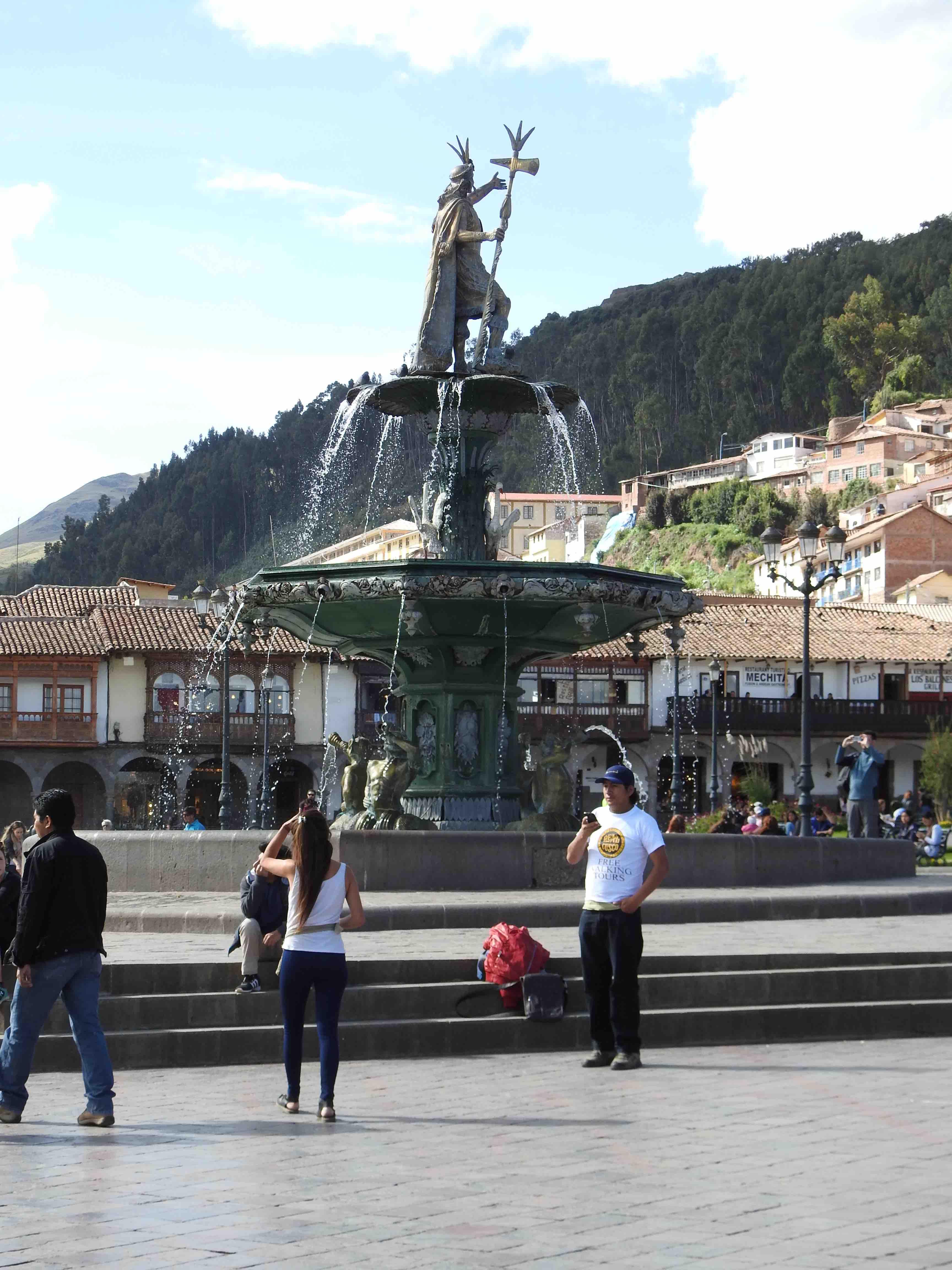 Fountain Plaza de Las Armas.jpg