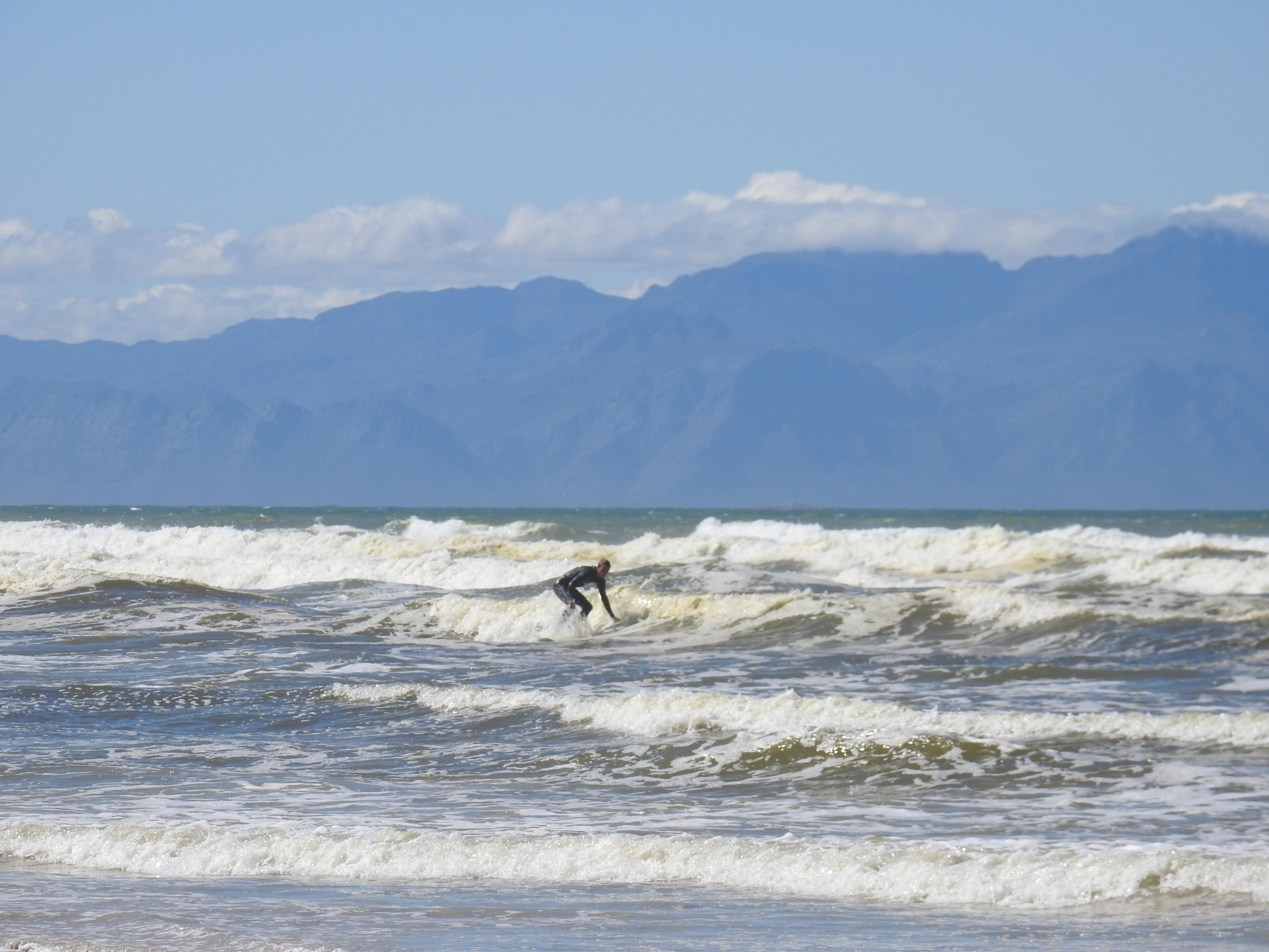 Good_Liam_surfing2-1.jpg