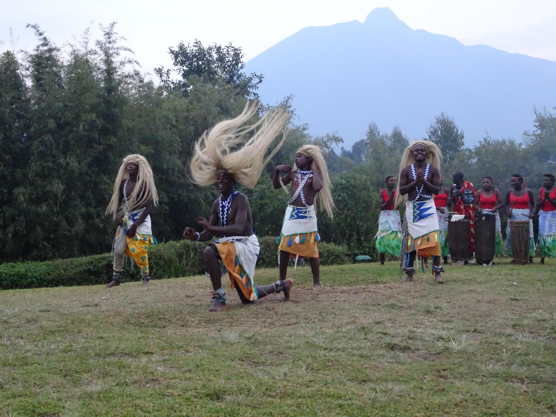 Great_Hair_Rwandan_Dancer.jpg