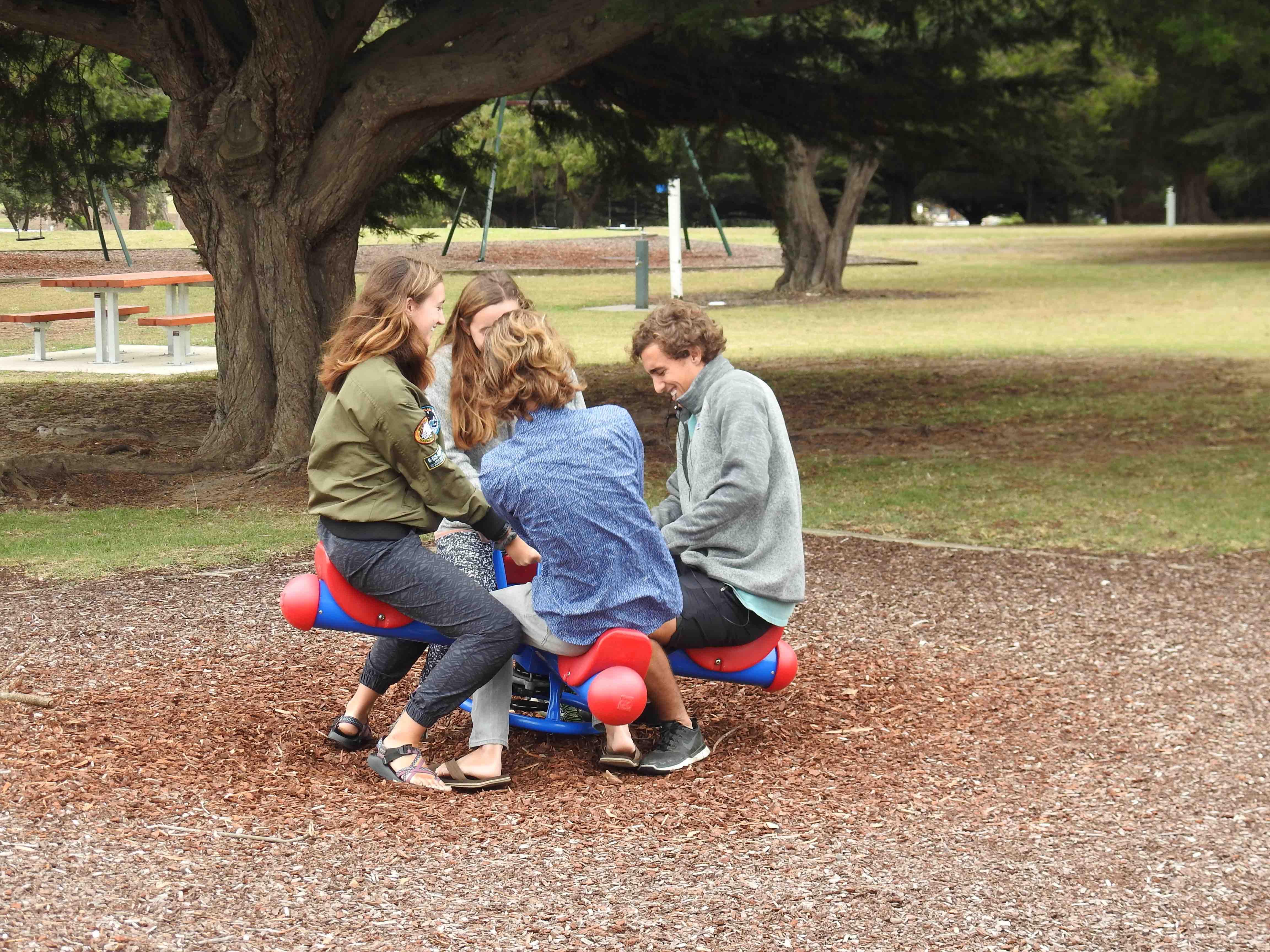 Kids on toy3.jpg