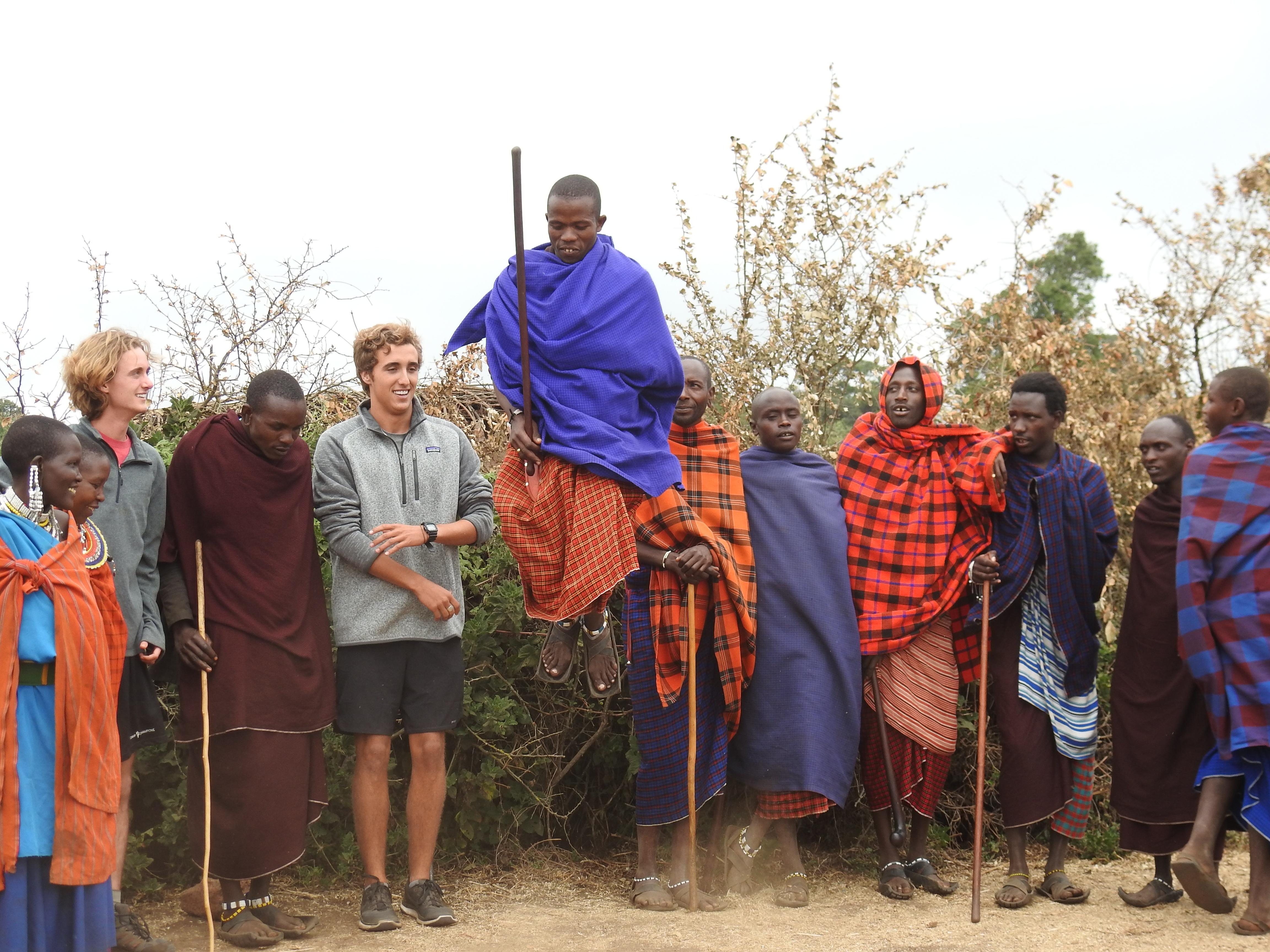 Maasai_jumping.jpg