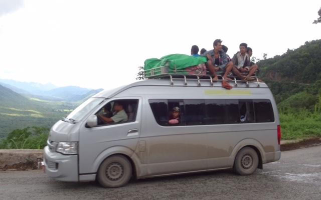 Myanmar bus2.jpg